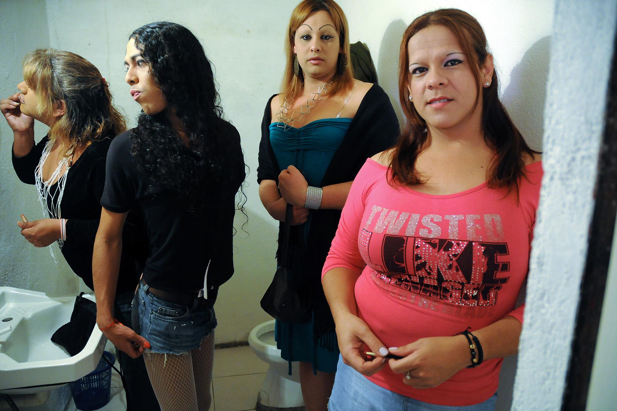 Prostitutes Bella Vista