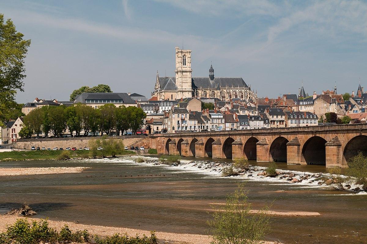 Prostitutes Saint-Cyr-sur-Loire