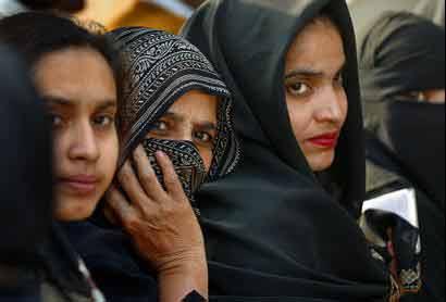 Prostitutes Al Qurayn