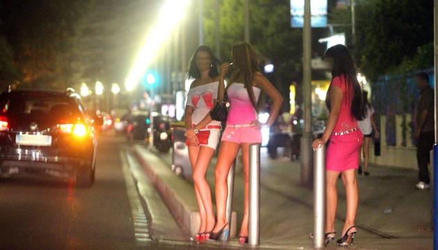 Prostitutes El Tarf
